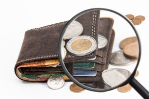Cover photo for REGISTER TODAY! Managing Holiday Spending