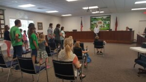 4-H'ers tour Clemmons Village Hall